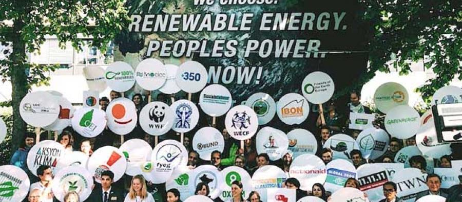 Demonstration utanför klimatmötet i Bonn