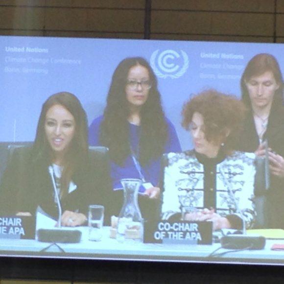APAs två ordföranden: Sarah Baashan från Saudiarabien och Jo Tyndall från Nya Zeeland. Bild: Mohamed Adow